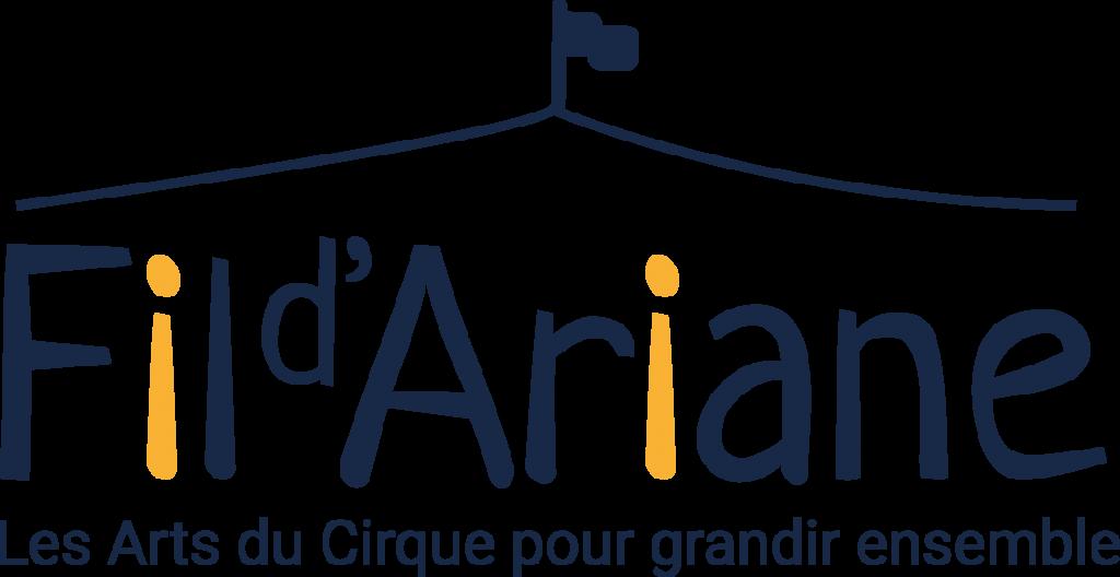 """"""" Un cirque pour tous"""": Une école du lien et de la créativité"""